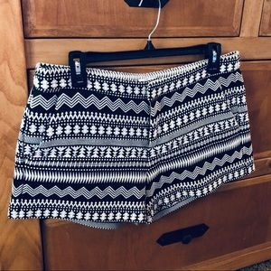 Parker Embroidered Tribal Print - EUC - LIKE NEW!!